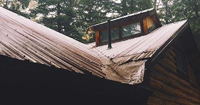 Reparación de tejados profesional: cómo realizar impermeabilizaciones y aislamientos